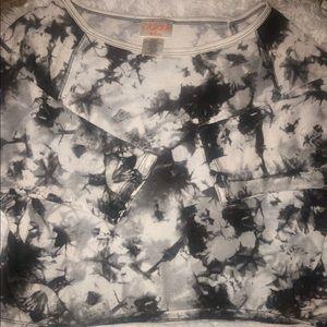 Tie dye, black/white/grey CRUSH tee size L